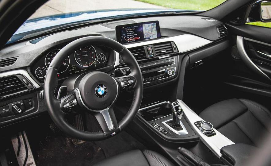 2015 BMW 225i Active Tourer (Euro-spec) - Slide 7