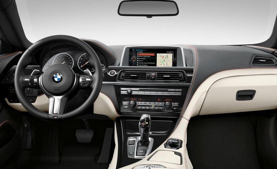 2015 BMW 225i Active Tourer (Euro-spec) - Slide 23