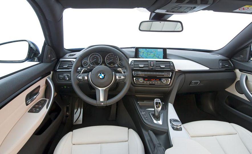 2015 BMW 225i Active Tourer (Euro-spec) - Slide 11