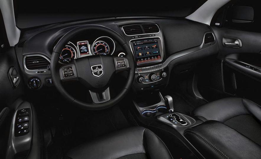 2015 Dodge Challenger SRT Hellcat - Slide 32
