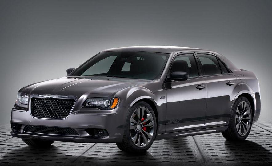 2015 Chrysler 200S V-6 AWD - Slide 4