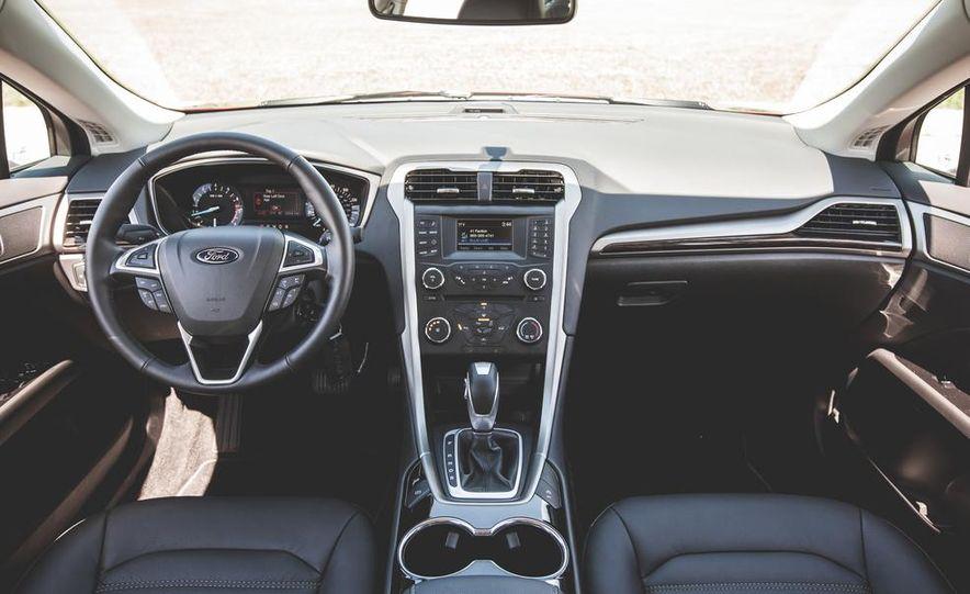 2015 Ford C-MAX hybrid - Slide 67