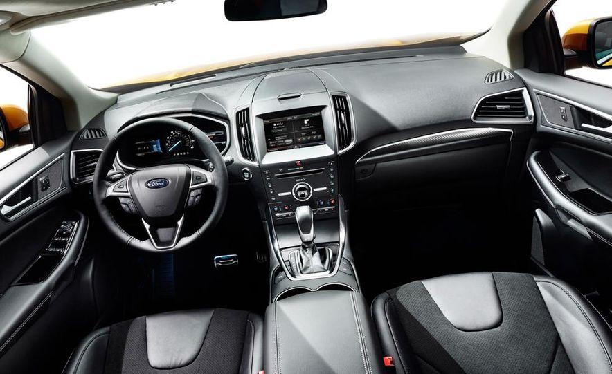 2015 Ford C-MAX hybrid - Slide 8