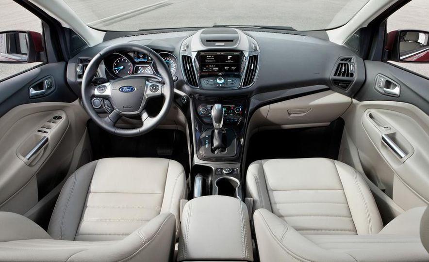 2015 Ford C-MAX hybrid - Slide 15