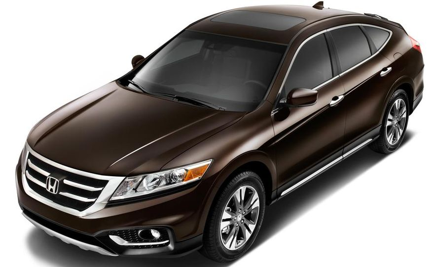 2014 Honda Accord EX-L V-6 sedan model shown - Slide 34