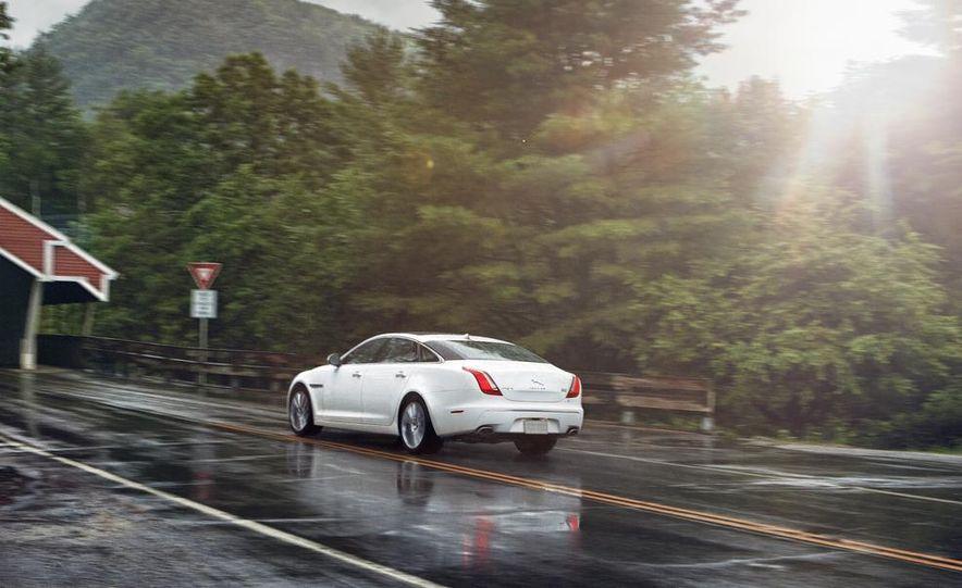 2015 Jaguar F-type R coupe - Slide 29