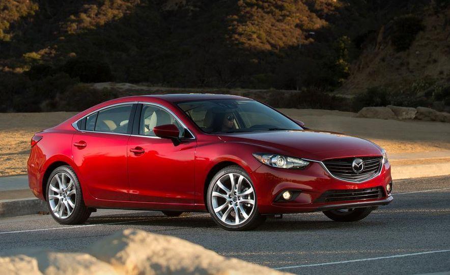 2013 Mazda 2 model shown - Slide 19