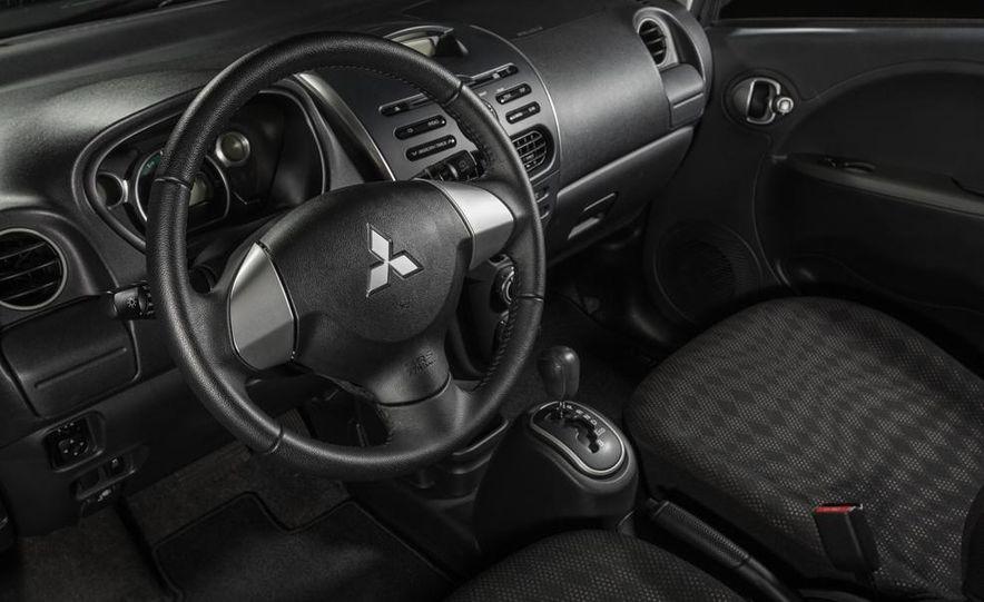 2014 Mitsubishi i-MiEV model shown - Slide 5