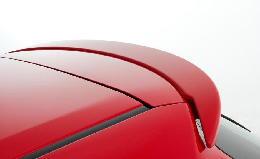 2015 Toyota Yaris - Slide 21