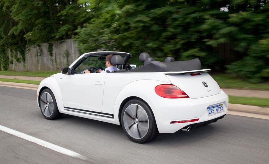 2014 Volkswagen Beetle GSR model shown - Slide 7