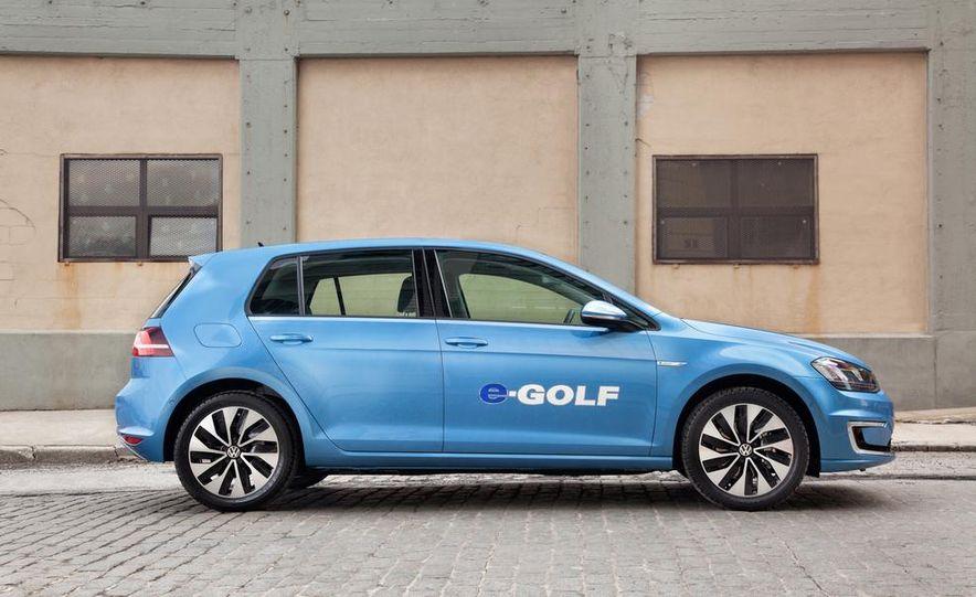 2014 Volkswagen Beetle GSR model shown - Slide 15