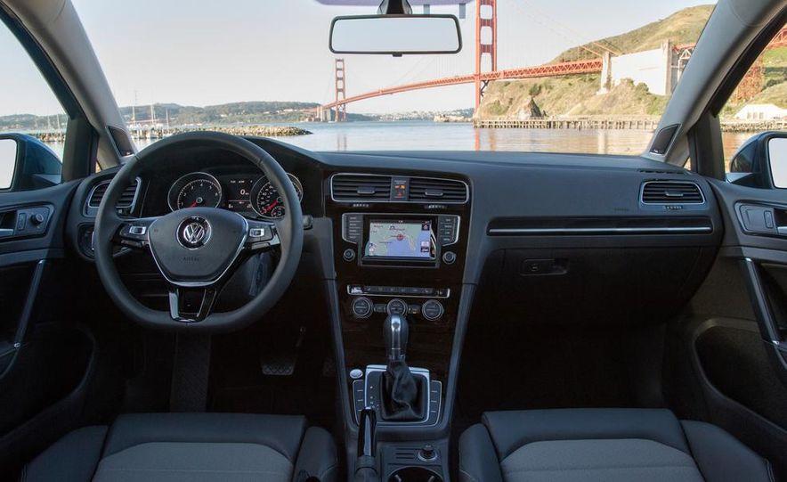 2014 Volkswagen Beetle GSR model shown - Slide 37