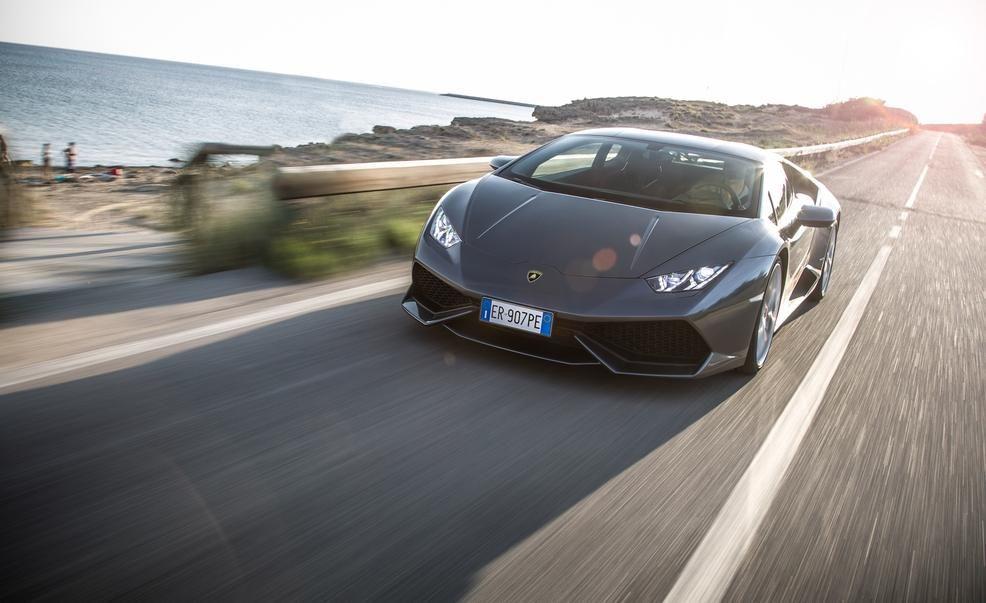 2015 lamborghini huracn lp610 4 photo gallery car and driver - Lamborghini 2015