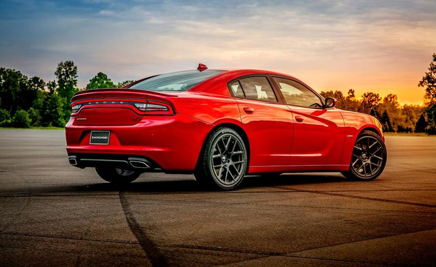 2015 Dodge Charger SRT Hellcat (spy photo) - Slide 19