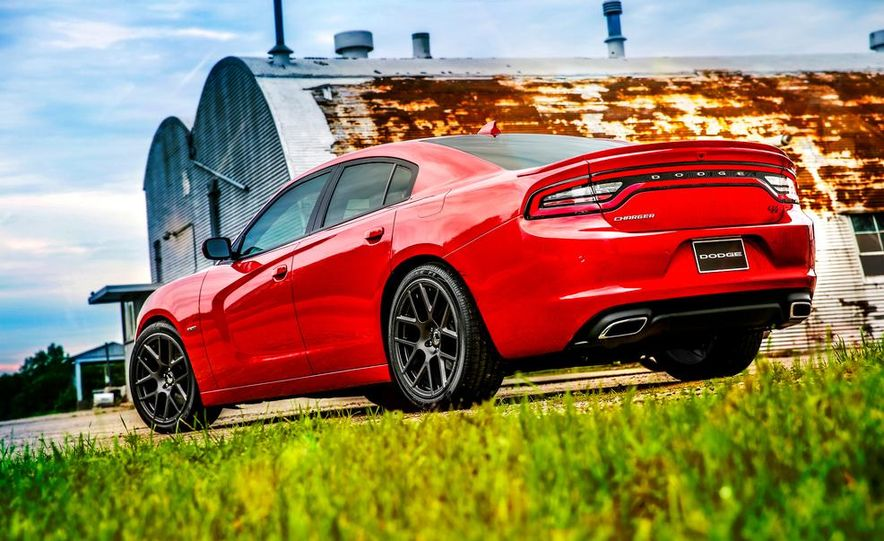 2015 Dodge Charger SRT Hellcat (spy photo) - Slide 24