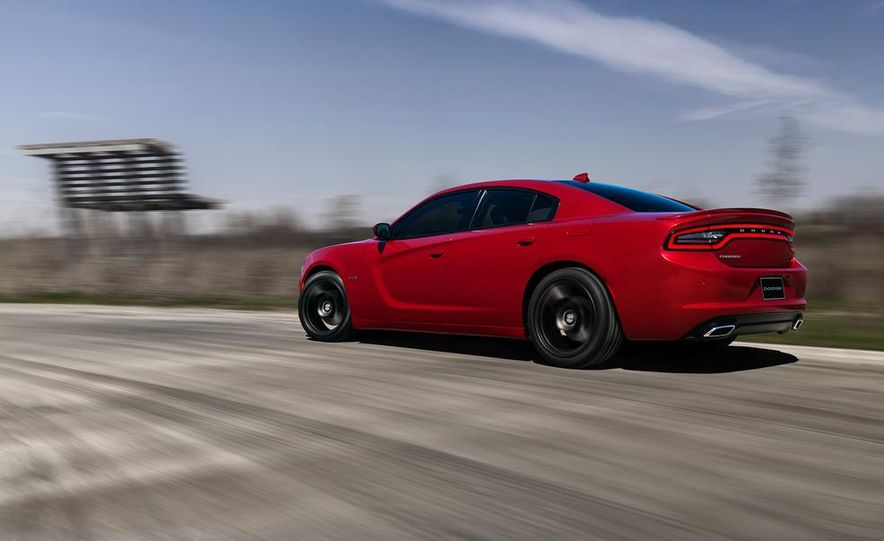 2015 Dodge Charger SRT Hellcat (spy photo) - Slide 29
