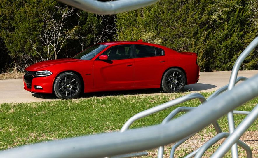 2015 Dodge Charger SRT Hellcat (spy photo) - Slide 31