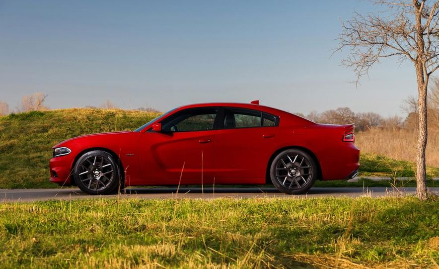 2015 Dodge Charger SRT Hellcat (spy photo) - Slide 32