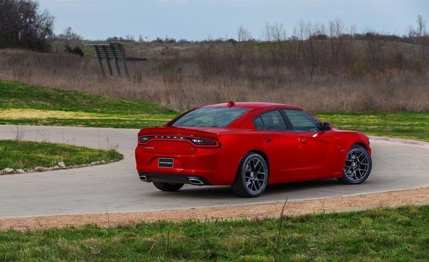 2015 Dodge Charger SRT Hellcat (spy photo) - Slide 38
