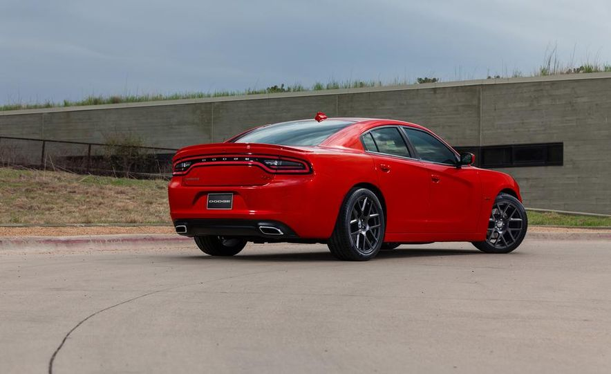 2015 Dodge Charger SRT Hellcat (spy photo) - Slide 41