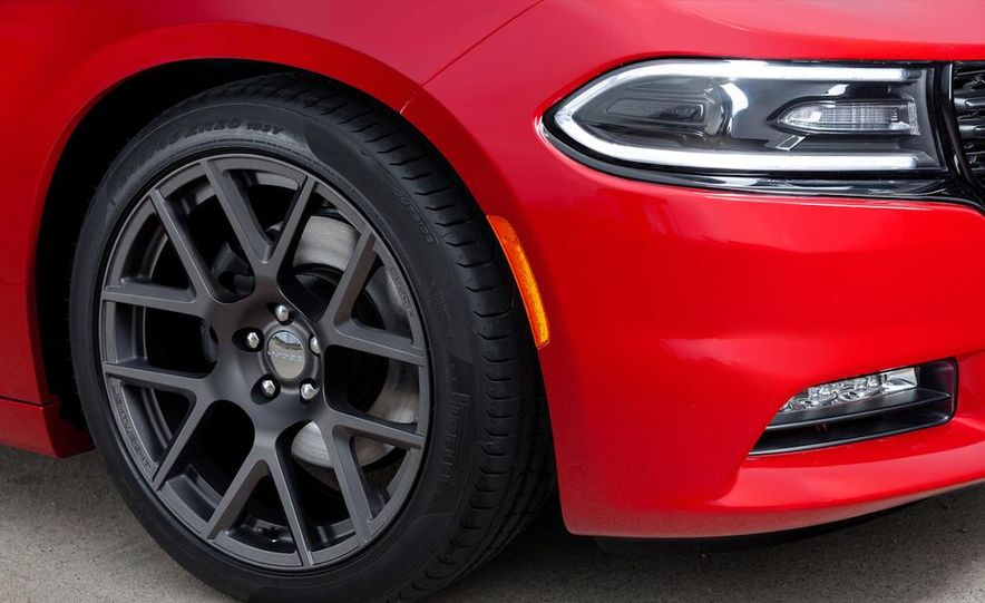 2015 Dodge Charger SRT Hellcat (spy photo) - Slide 48