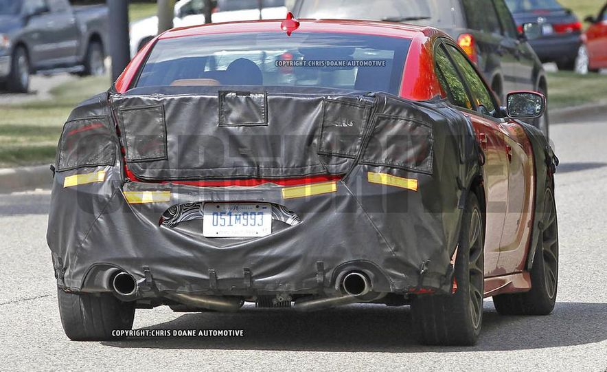 2015 Dodge Charger SRT Hellcat (spy photo) - Slide 6