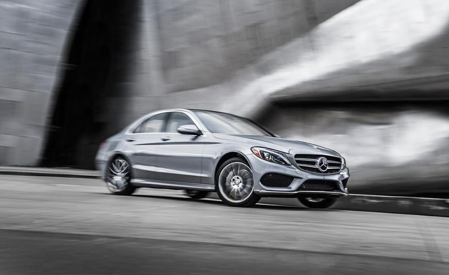 2015 Mercedes-Benz C300 4MATIC - Slide 20