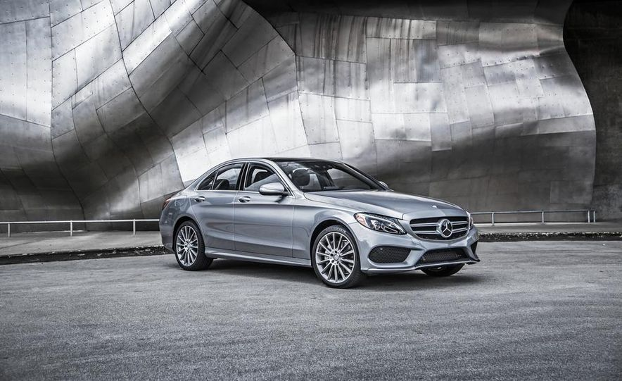 2015 Mercedes-Benz C300 4MATIC - Slide 25