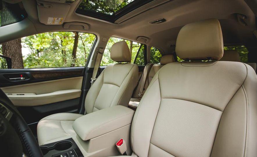 2015 Subaru Outback 3.6R - Slide 26