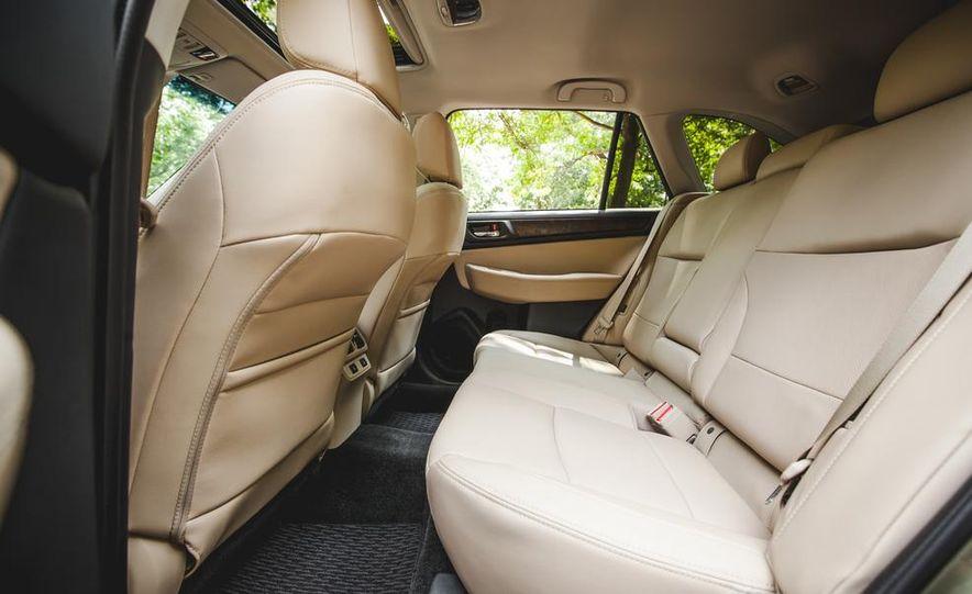 2015 Subaru Outback 3.6R - Slide 28
