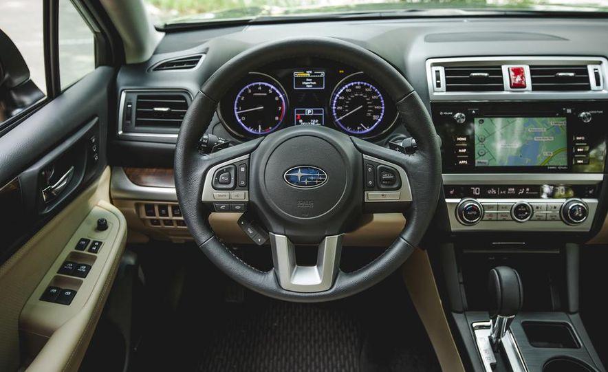 2015 Subaru Outback 3.6R - Slide 35