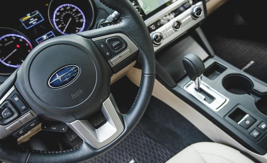2015 Subaru Outback 3.6R - Slide 37