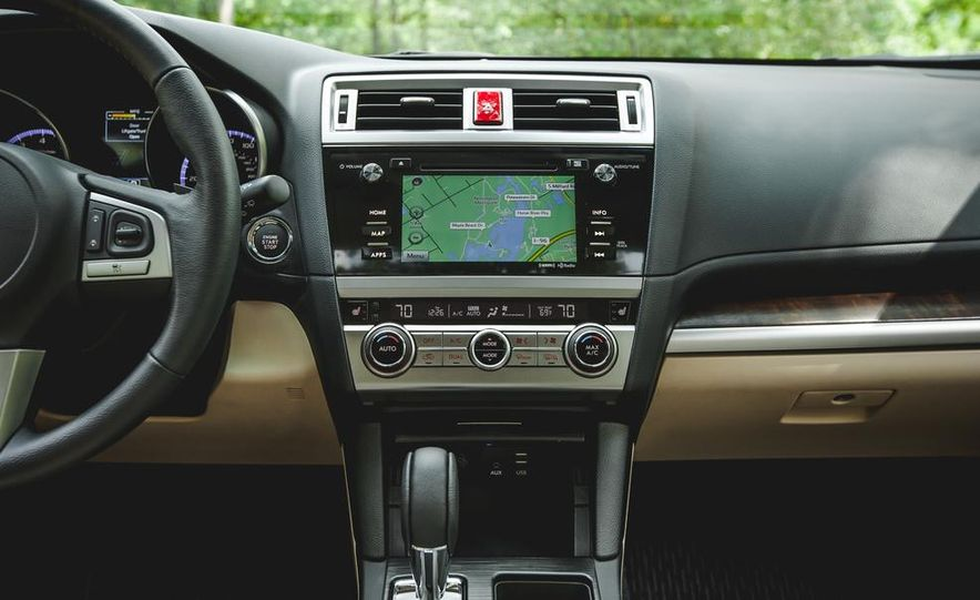 2015 Subaru Outback 3.6R - Slide 39