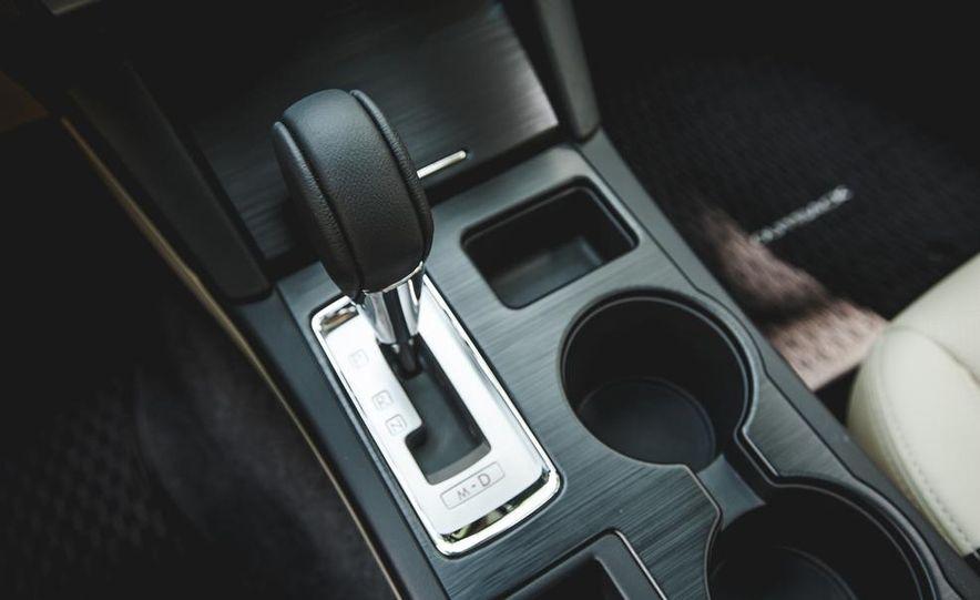2015 Subaru Outback 3.6R - Slide 46
