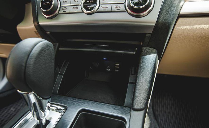 2015 Subaru Outback 3.6R - Slide 47