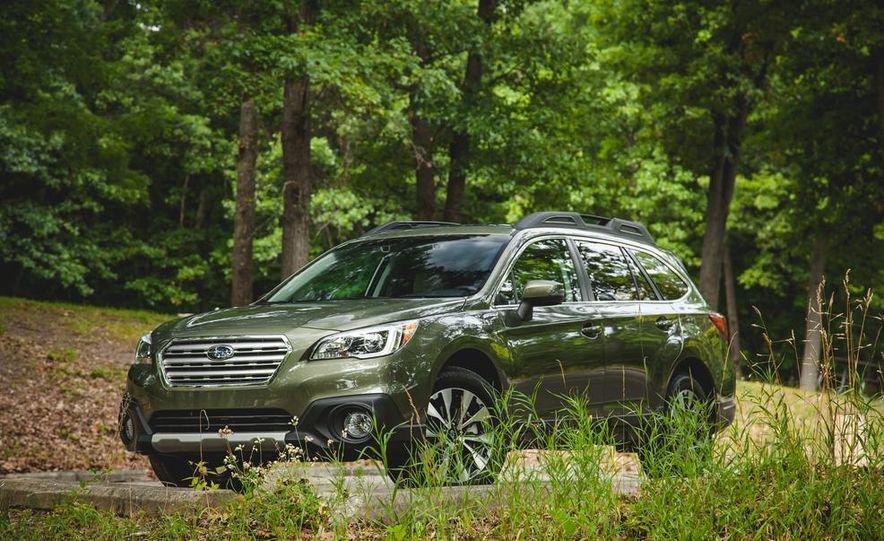 2015 Subaru Outback 3.6R - Slide 12