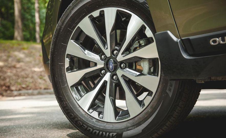 2015 Subaru Outback 3.6R - Slide 20