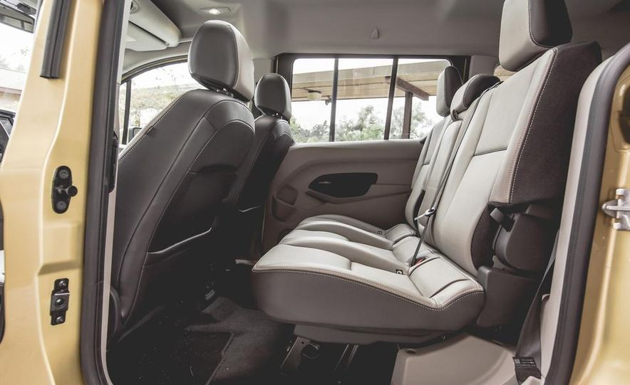 2014 Ford Transit Connect wagon - Slide 36