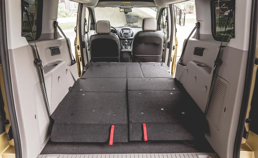 2014 Ford Transit Connect wagon - Slide 39