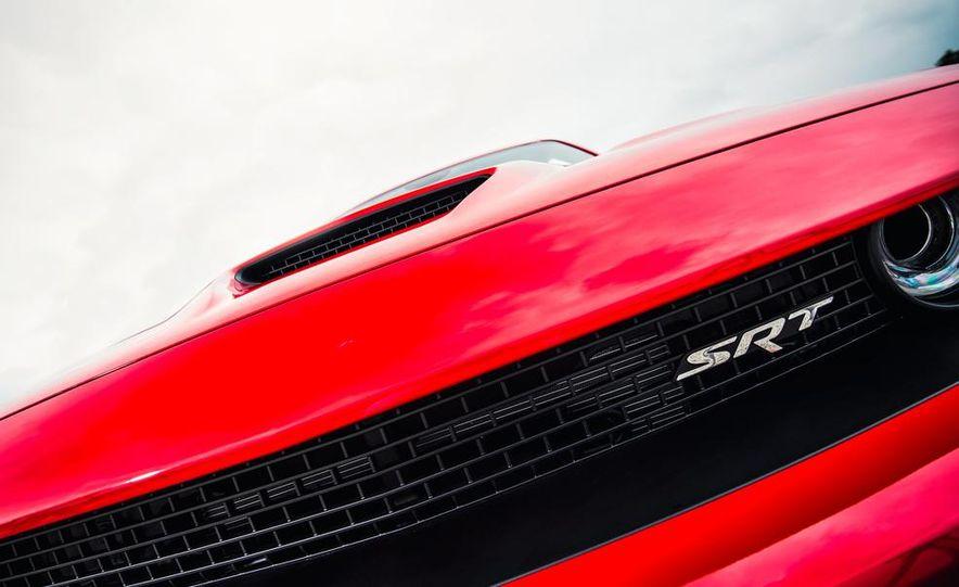 2015 Dodge Challenger SRT Hellcats - Slide 36