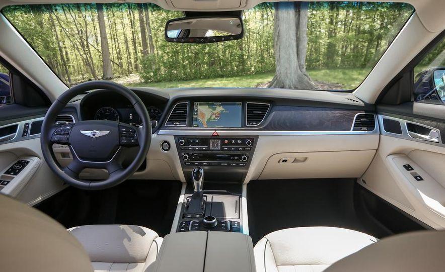 2015 Hyundai Genesis 5.0 sedan - Slide 24