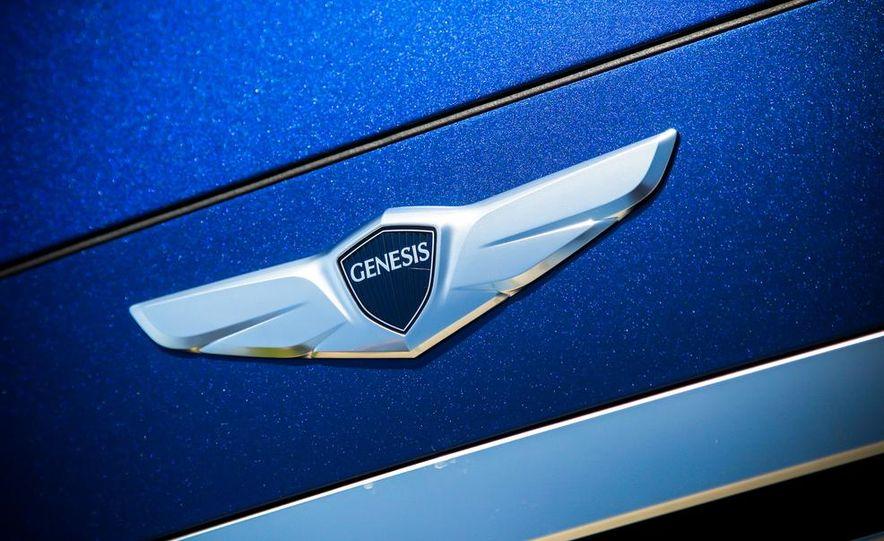 2015 Hyundai Genesis 5.0 sedan - Slide 21