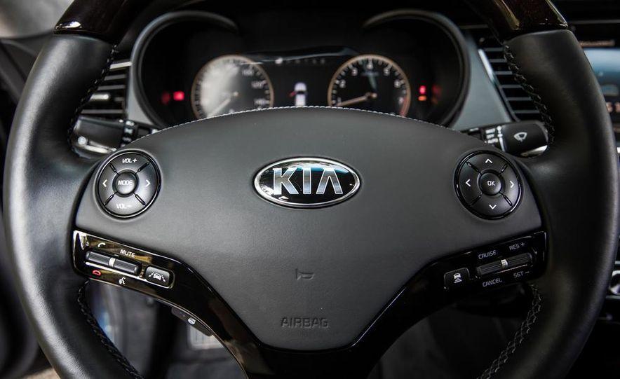2015 Kia K900 VIP - Slide 75