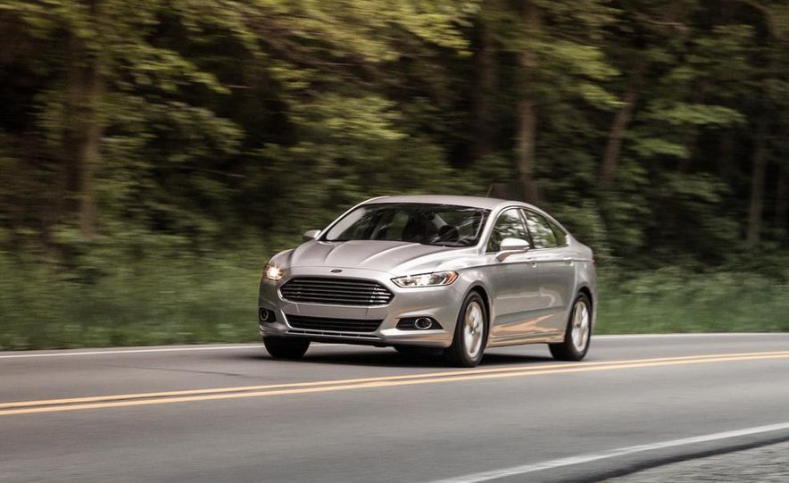 2016 Ford Fusion (spy photo) - Slide 14