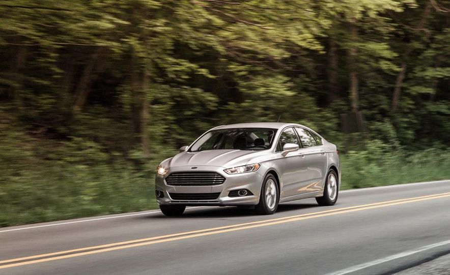 2016 Ford Fusion (spy photo) - Slide 15