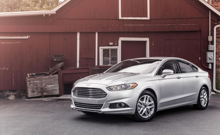 2016 Ford Fusion (spy photo) - Slide 19