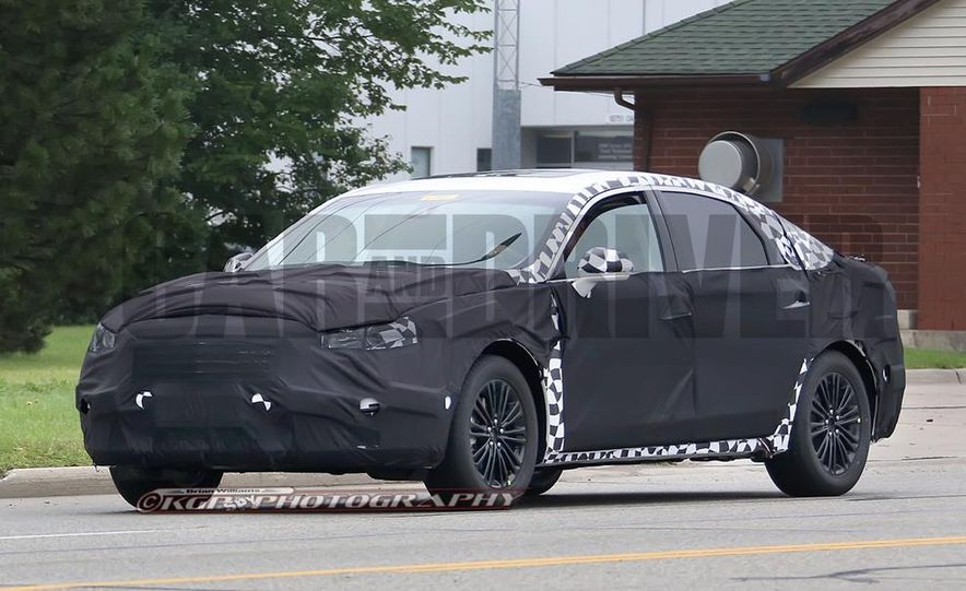 2016 Ford Fusion (spy photo) - Slide 2