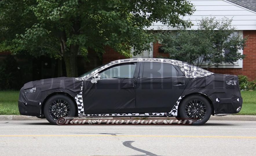 2016 Ford Fusion (spy photo) - Slide 4