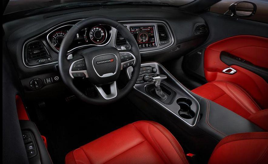 2015 Dodge Challenger SXT Plus - Slide 24