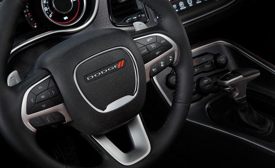 2015 Dodge Challenger SXT Plus - Slide 33